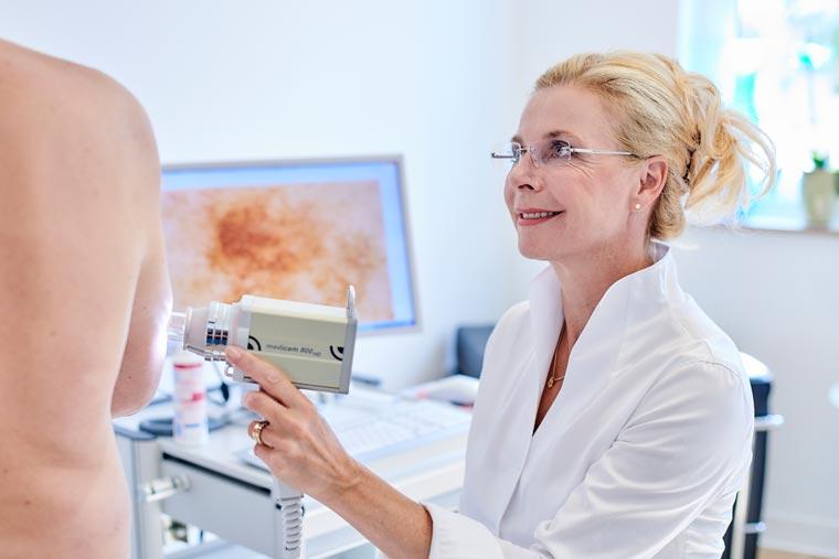 Hautuntersuchungen mit moderner Technik